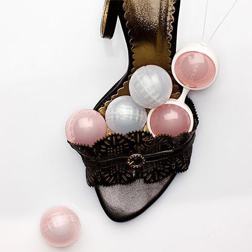 n6705 lelo luna beads 5 1 4 - LELO Luna Beads